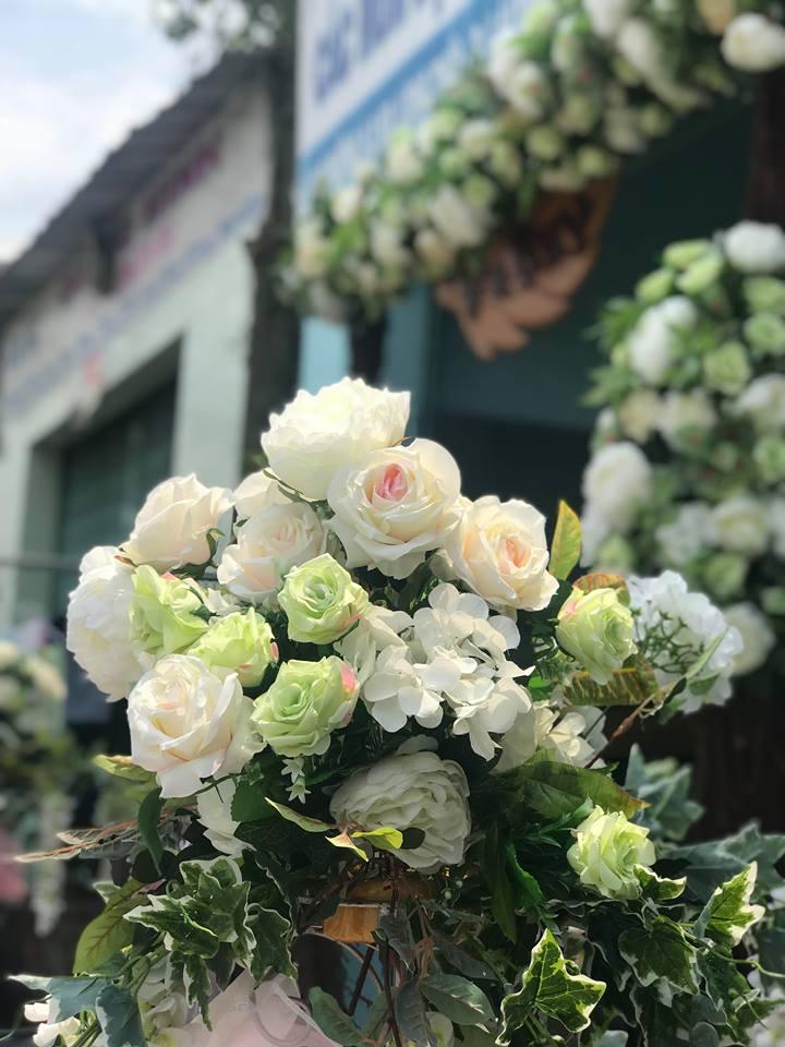Ket-hoa-cuoi-01 Kết hoa cưới cầm tay cô dâu