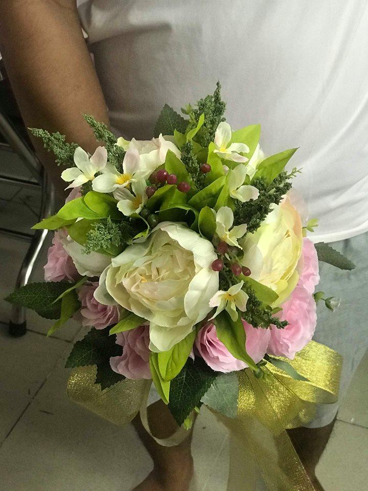 Ket-hoa-cuoi-03 Kết hoa cưới cầm tay cô dâu
