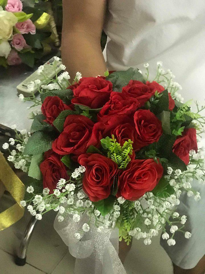Ket-hoa-cuoi-05 Kết hoa cưới cầm tay cô dâu