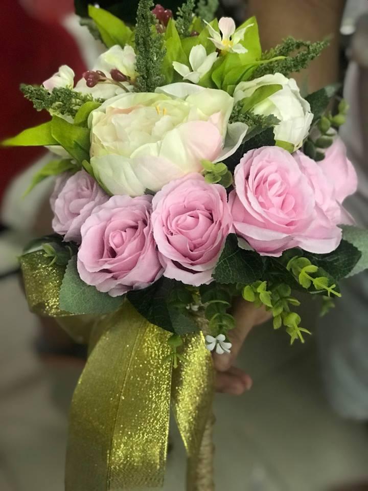 Ket-hoa-cuoi-06 Kết hoa cưới cầm tay cô dâu