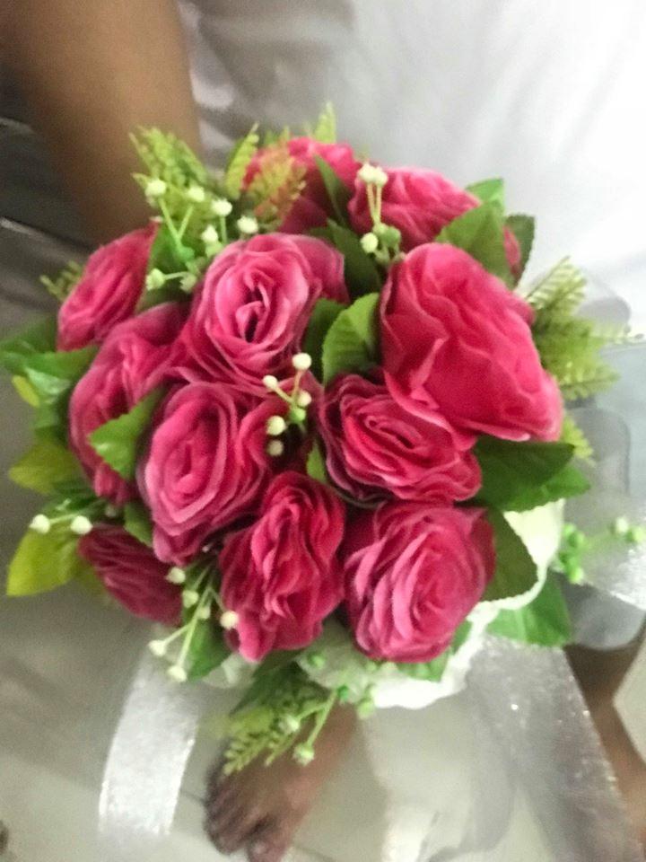 Ket-hoa-cuoi-07 Kết hoa cưới cầm tay cô dâu