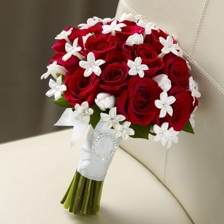 Ket-hoa-cuoi-19 Kết hoa cưới cầm tay cô dâu