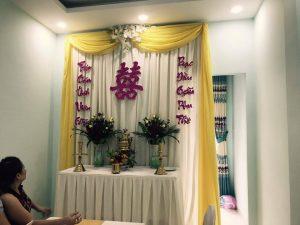 Trang-tri-nha-cuoi-gia-re-10-300x225 Dịch vụ trang trí nhà cưới hỏi trọn gói
