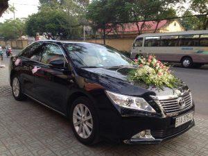 thue-xe-cuoi-hoi-01-300x225 Chọn xe cưới hợp mệnh chồng