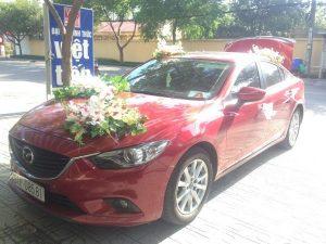 thue-xe-cuoi-hoi-04-300x225 Chọn xe cưới hợp mệnh chồng