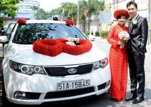 thue-xe-cuoi-hoi-08-300x213 Dịch vụ cho thuê xe cưới hỏi