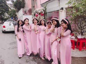 thue-nguoi-bung-qua-thang-10-2018-11-300x225 Cho thuê quần áo, áo dài, váy đầm cưới hỏi