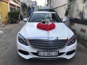 thue-xe-cuoi-thang-12-2018-300x225 Dịch vụ cho thuê xe cưới hỏi