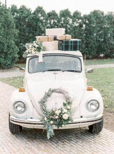 xe-cuoi-co-dien-223x300 5 bí kíp thuê xe cưới hỏi nhanh lại hiệu quả